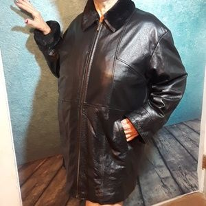 Wilsons Leather size XL full-length coat fur-lined